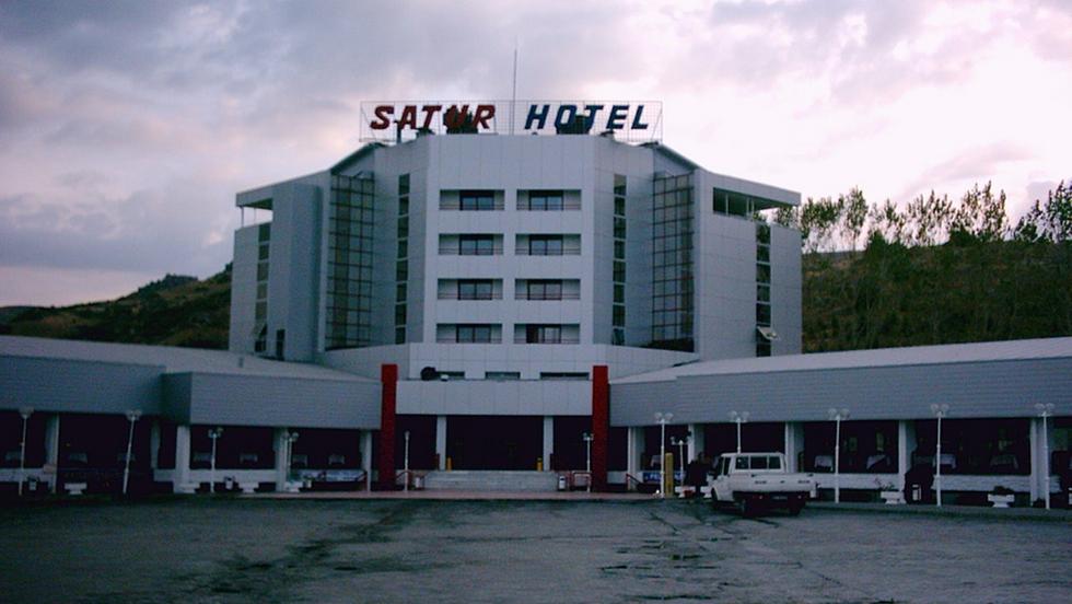 SATUR HOTEL