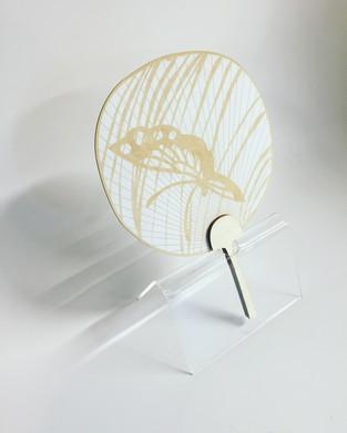 Moon-shaped fan | lasercut