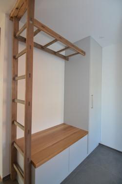 Altbau Garderobe