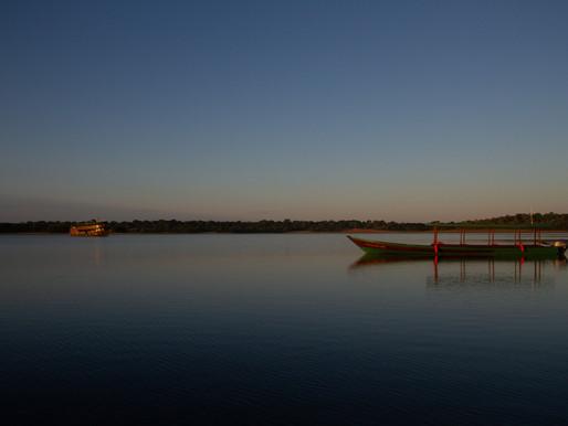 Navegando pelo Rio Negro