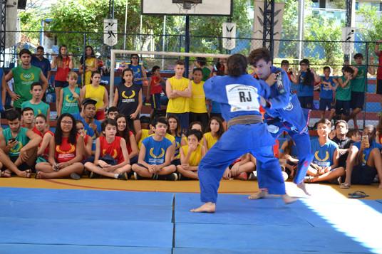 Olimpíada Camões-Pinochio