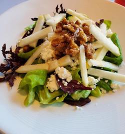 Pear Bib Salad