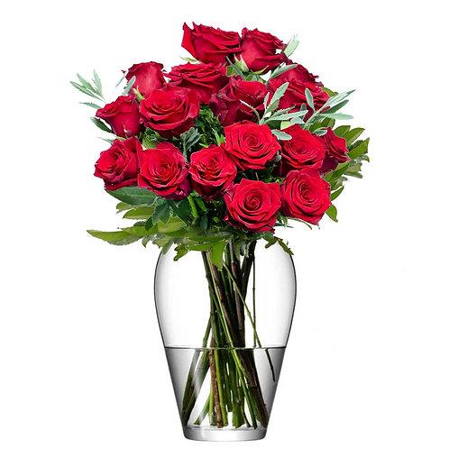 Buchet flori - trandafiri rosii 17 fire