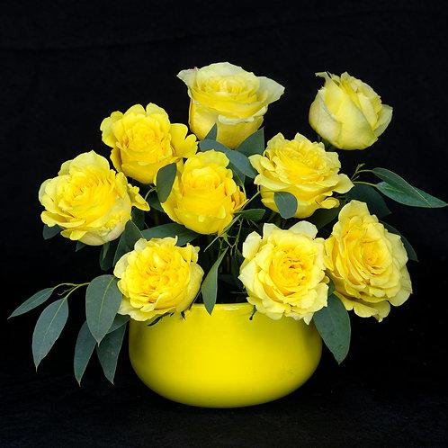 Aranjamente flori - trandafiri galbeni