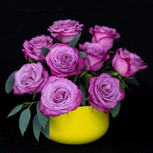 Aranjamente flori - trandafiri mov
