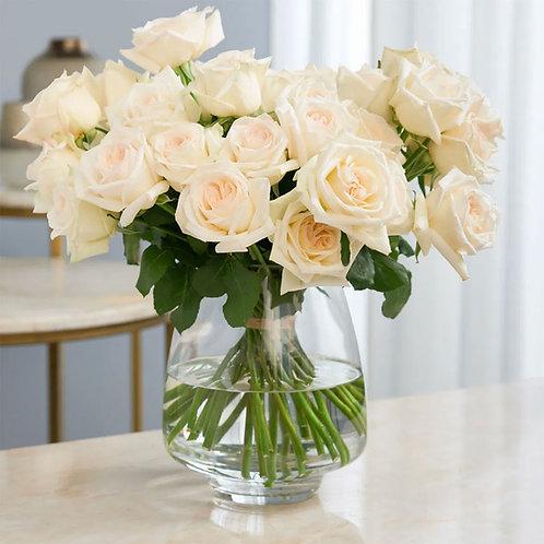 Buchet flori - trandafiri albi 21 fire