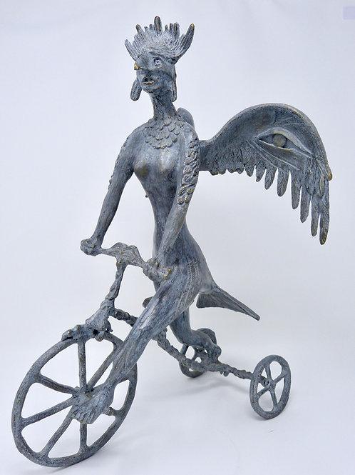 Hera Escultura Surrealista En Bronce De Alejandro Velasco