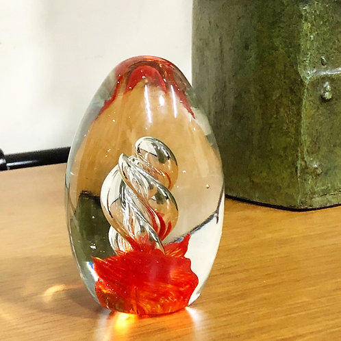 Huevo Hecho de Cristal de Murano Siglo XX