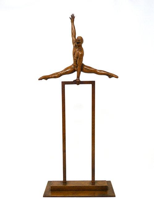 Primer Día Escultura en Bronce de Jorge Marín