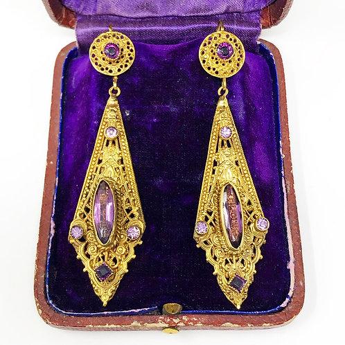 Jgo. De Aretes Antiguos Chapa de Oro con Amatista Ca.  1900