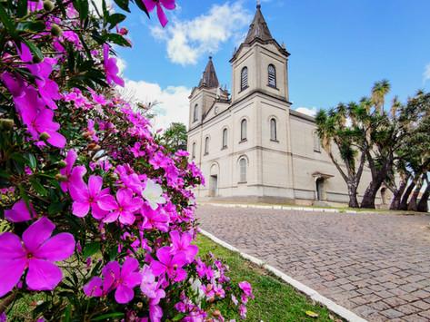 Igrejas e Capelas reabrem para visitação e oração individual