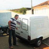 José Francisco Catuzo - Kiko - realizando as primeiras entregas