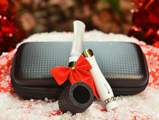 Holiday Gifts for Pipe Smokers