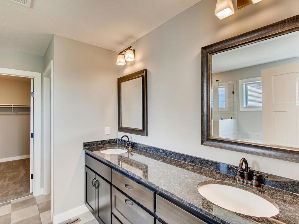 Double sinks in master bath - granite