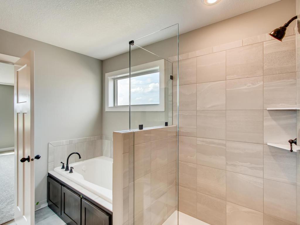 Tile shower/tub combo