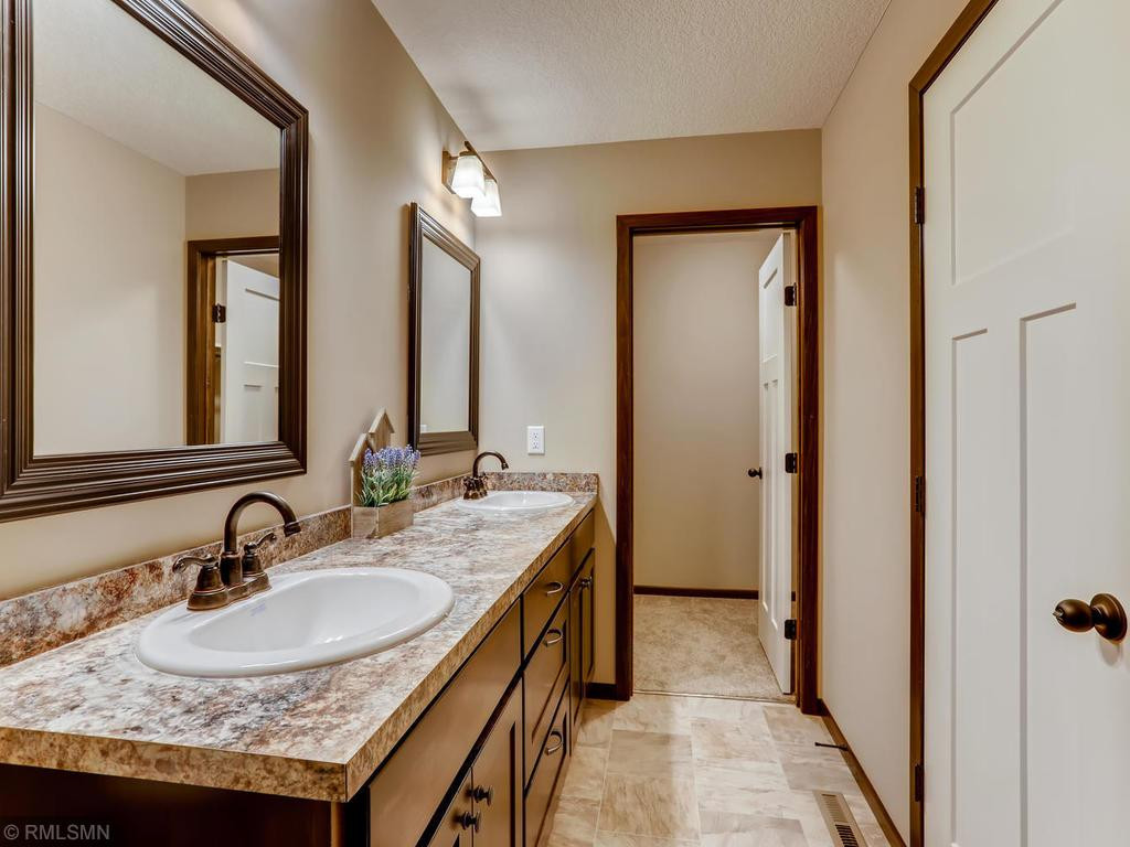 Teton Master Bath - Closet ~ similar model