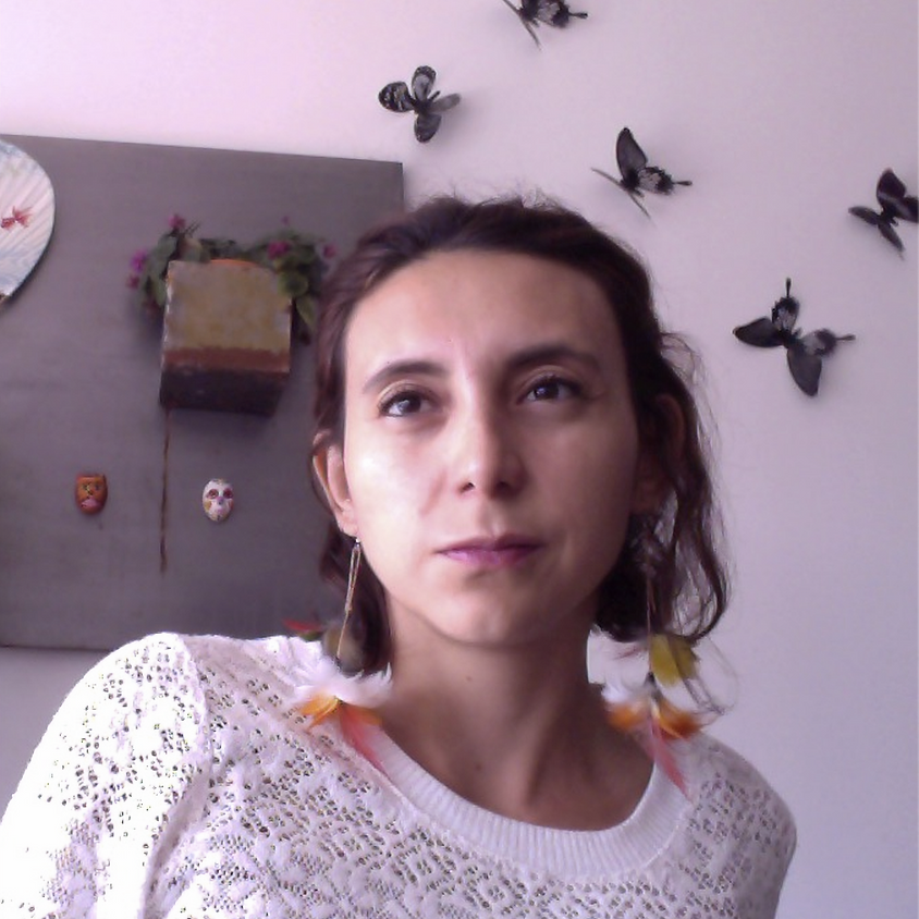 MONTHLY PRESENTATION - Networks through women's lenses with Casandra Herrera