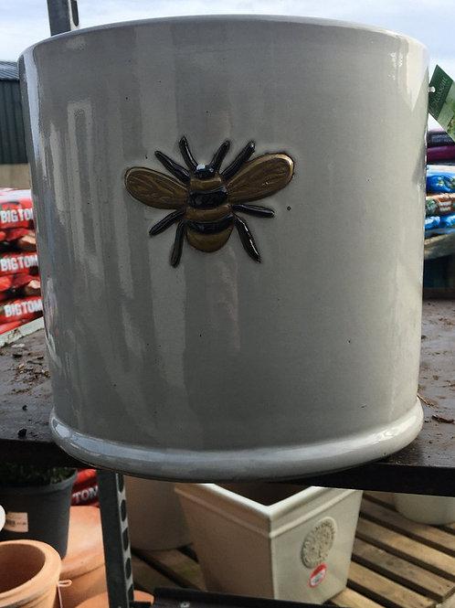 29x26.5cm wisteria pot off white