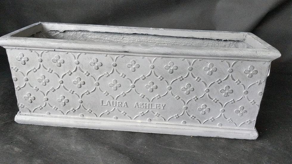 Laura Ashley Pembroke Antique Trough