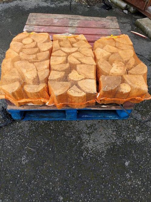 Logs. 3 nets