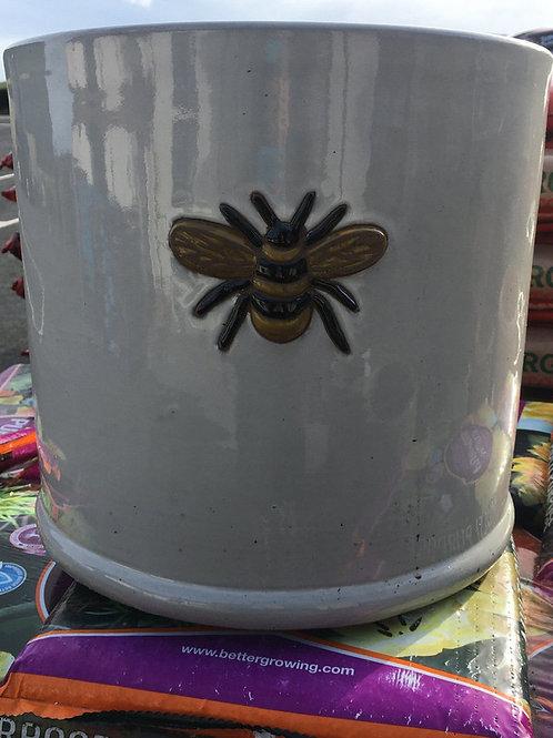 36x32cm wisteria pot off white