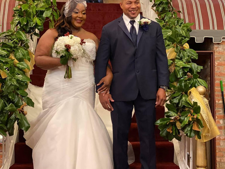 Still in Love! Vow Renewal after 10 Years of Marital Bliss