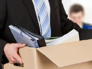 Para aplicar justa causa no contrato de trabalho, é necessário ter aplicado advertência e suspensão?