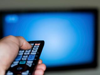 Captação clandestina de sinal de televisão por assinatura caracteriza crime de furto de energia?