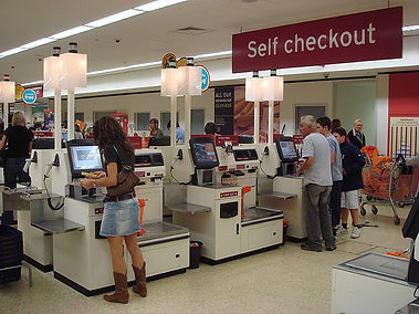 Self_checkout_using_NCR_Fastlane_machine