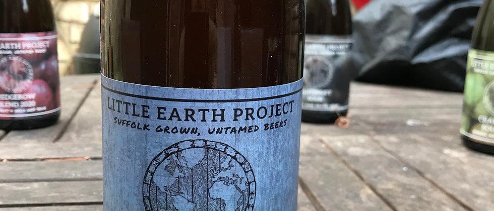 Little Earth Project White Horse Saison MKIII 6.8%
