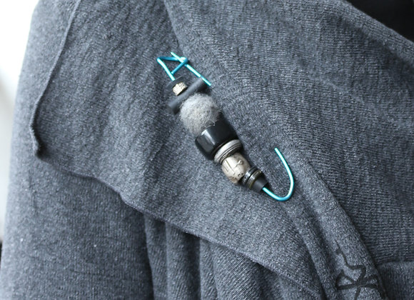 Knitwear Pin in Blue