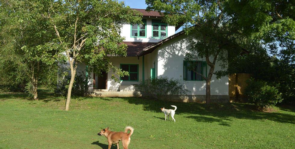 Self contained villas