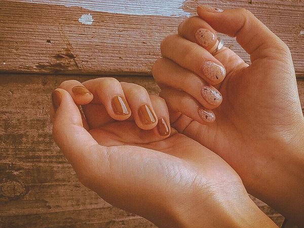 top_nails.jpg