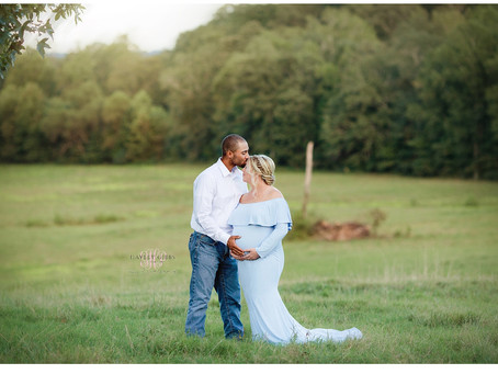 Brown Family | Maternity | Marshall County Portrait Photographer |