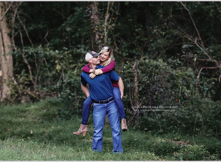 Eric + Lauren | Guntersville, AL Engagement Session | Curls and Pearls Photography