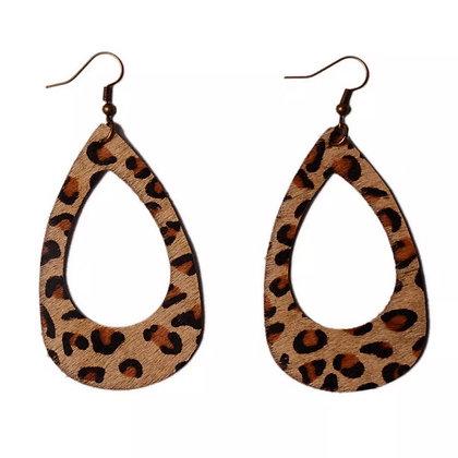 Dark leopard earring