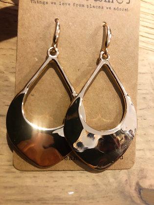 Bouch gold earrings