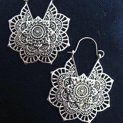 Flower earrings - silver & gold
