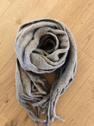 Winter scarf - grey