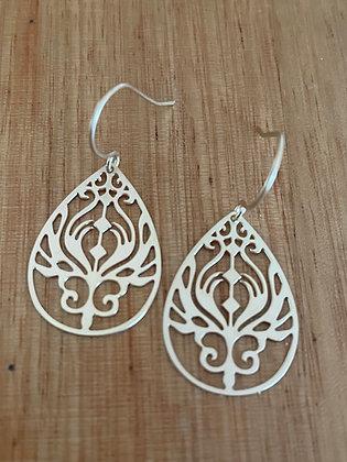Deli gold earrings
