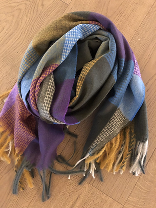 Winter check scarf - purples