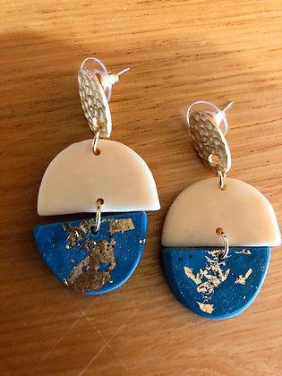 Polly blue hang earrings