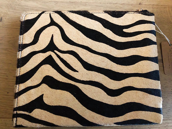 Tan/black zebra clutch