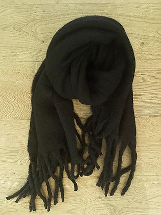 Winter scarf - black