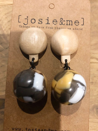 Sant earrings