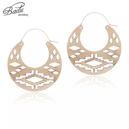 Aztec round gold earring