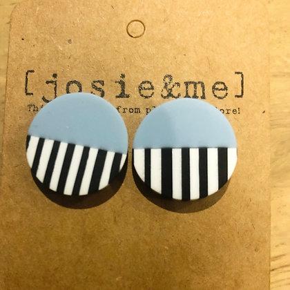 Lic blue earrings