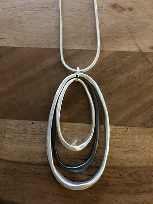 Grey/silver necklace.