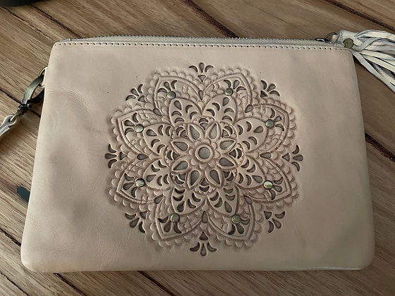 Middle flower leather clutch