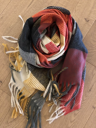 Winter check scarf - reds
